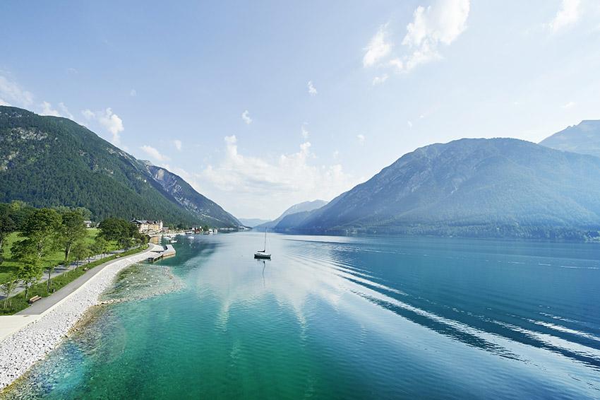 Malerische Kulisse am Tiroler Achensee (Bild: TVB Achensee)